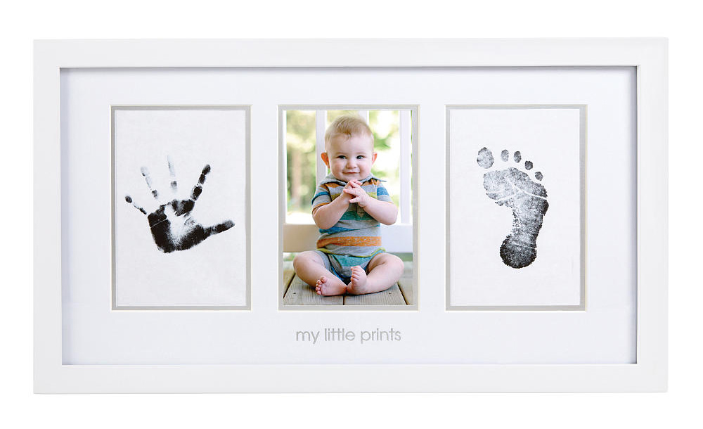 baby-prints-frame-handprints