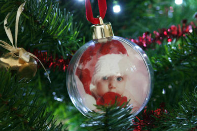 Baby's First Christmas: 7 Perfect Keepsake & Casting Ideas